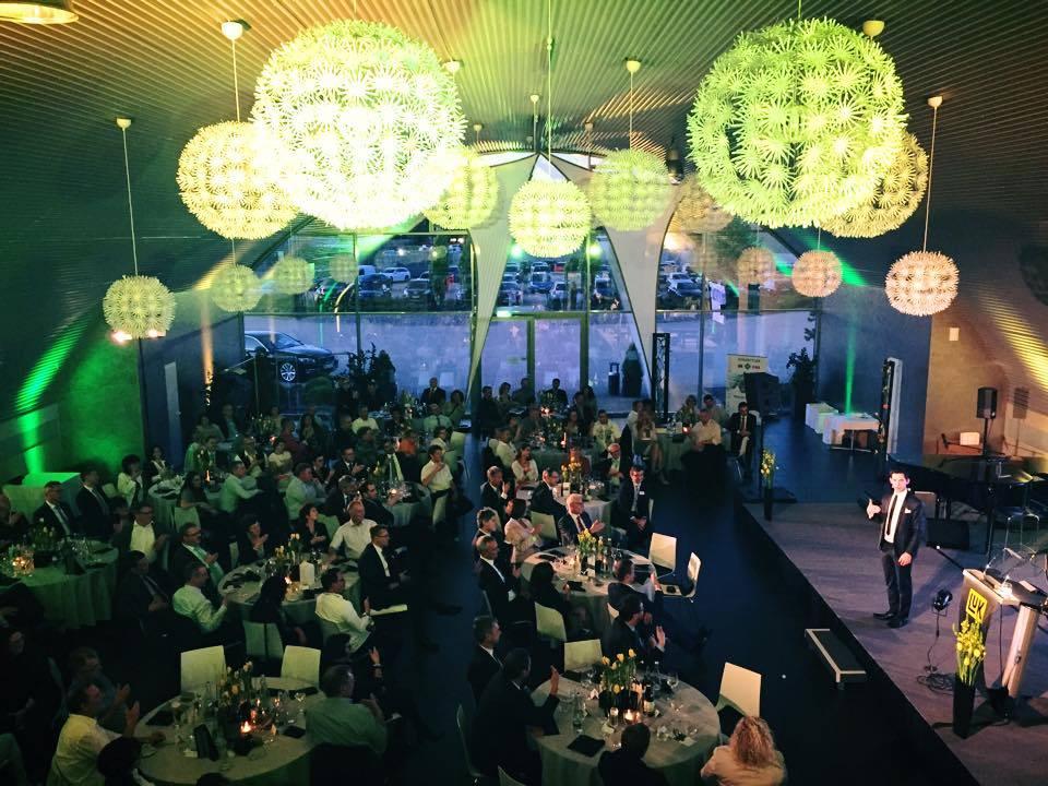 Zaubern im Event Hangar am Airport Baden Baden