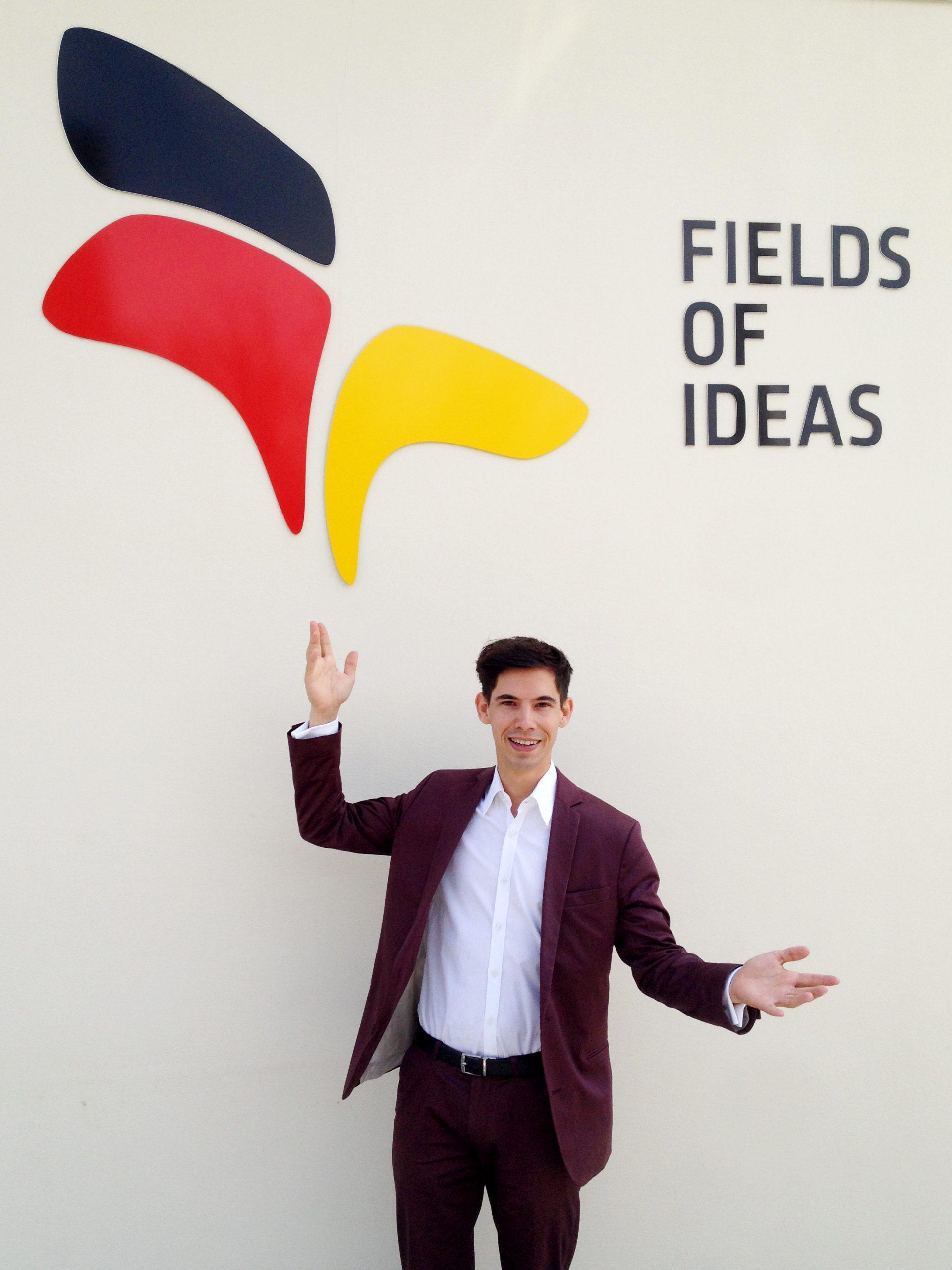 Zauberer Alexander Merk in Mailand auf der Expo 2015 Weltausstellung